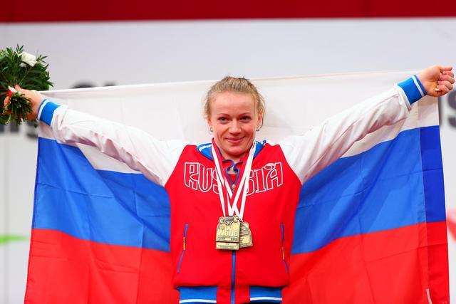 Тима Туриева завоевала серебряную медаль на чемпионате мира по тяжелой атлетике