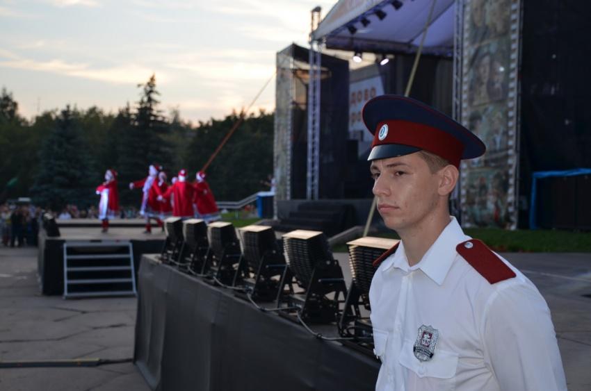 Сводный отряд подмосковных казаков обеспечивал порядок на Дне города Домодедово